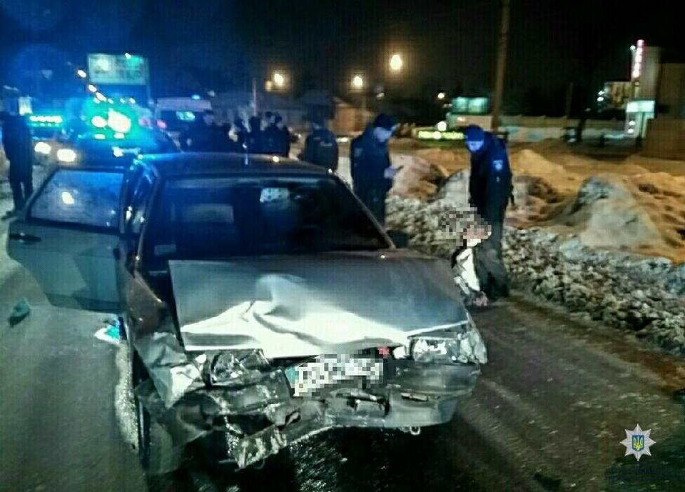 П'яний водій протаранив авто поліцейських. Є постраждалі